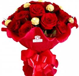 Buqu� Italiano de Rosas Importadas com Ferrero Rocher - I8