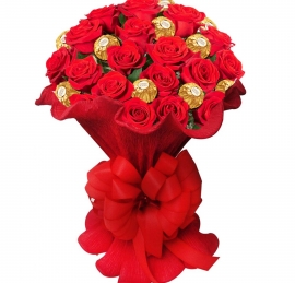 Buqu� Italiano Rosas Importadas com Ferrero- RC11