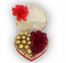 Arranjo Rosas com Ferrero Rocher - RN12